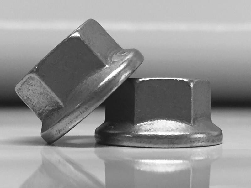 Knuts hexagon nut racing accessoires