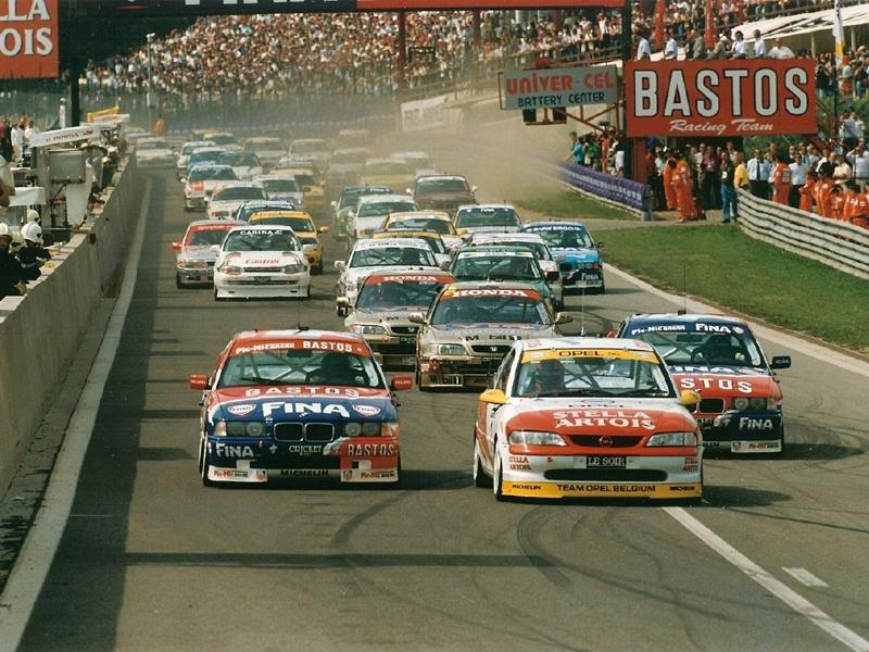 Opel Vectra Supertouring im 24 Stunden-Rennen von Spa-Francorchamps 1996