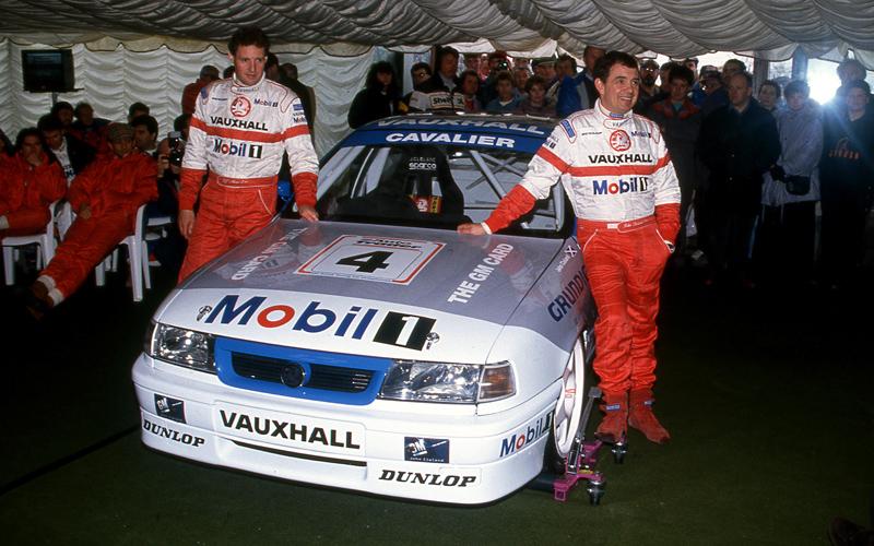 Vauxhall Cavalier no. 018 der Ecurie Ecosse RML von John Cleland aus der 94er Britischen Tourenwagen Meisterschaft
