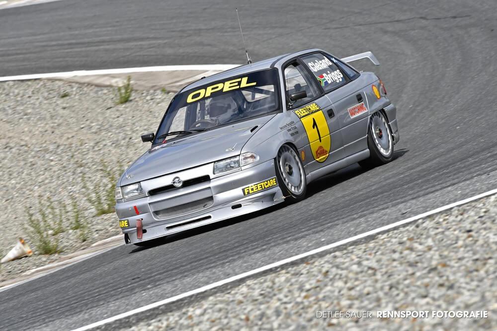 1. Rollout nach Rebuild: Testlauf für den Opel Astra F Supertourer von Mike Briggs